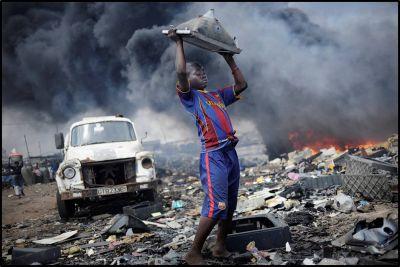 Toxická recyklace pokračuje. Její obětí jsou dělníci v rozvojových zemích i naše děti.