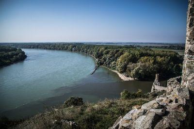 Dunaj-Odra-Labe: Projekt šílenství