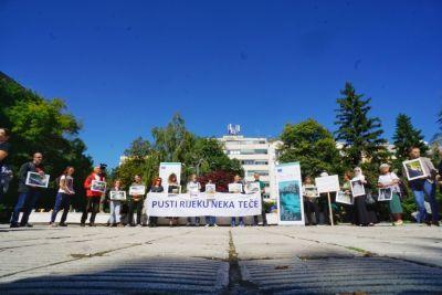 """""""Strážci řek"""" volají po regulaci minimálního průtoku v Bosně a Hercegovině"""